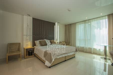 Studio for Rent in Business Bay, Dubai - Furnished Studio Apt with Study |Chiller Free