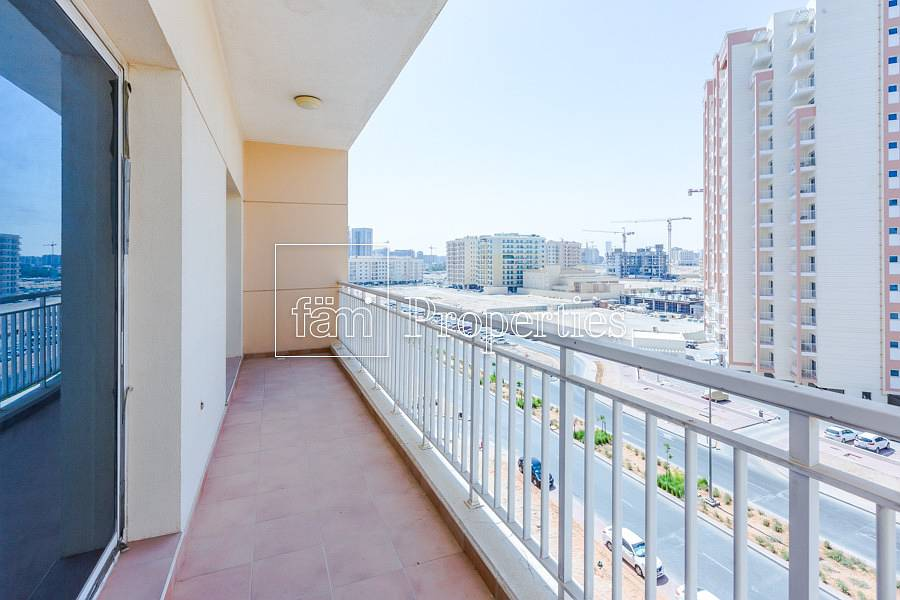 Spacious 2 Bedroom with Fully Open View!