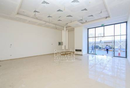 Shop for Rent in Sheikh Maktoum Bin Rashid Street, Ajman - BRAND NEW l BRIGHT FITTED RETAIL SHOP