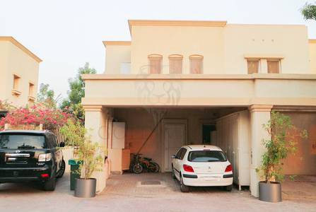 3 Bedroom Villa for Rent in The Springs, Dubai - Maids room | Upgraded Type 4E | Furnished