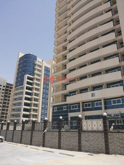 2 Bedroom Flat for Sale in Dubai Sports City, Dubai - 2BR Apartment for Sale in Royal Residence 2