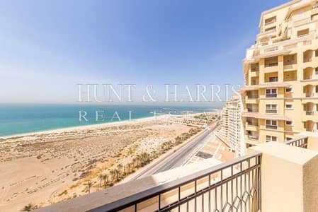 3 Bedroom with Large Terrace - gorgeous full sea view
