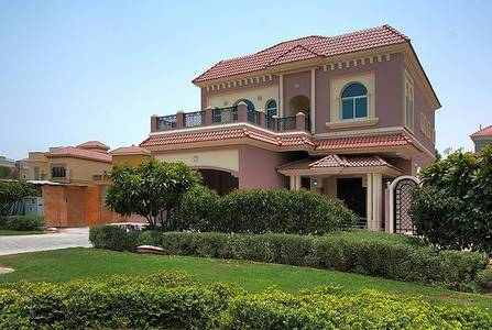 5BHK Villa/elevator/maid room/2Parkings available for Rent in Dubailand