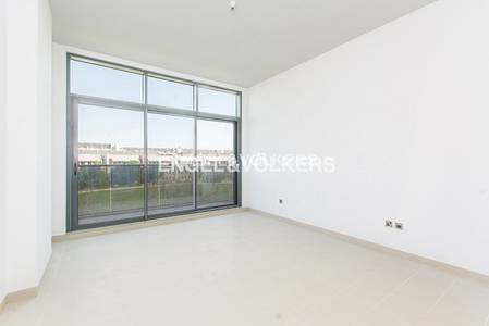 2 Bedroom Apartment for Rent in Motor City, Dubai - Modern Brand New | Vacant | Park Views