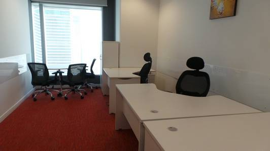 NO COMISSION/FULLY FURNISHED OFFICE/FREEPARKING/2 MONTHS FREE