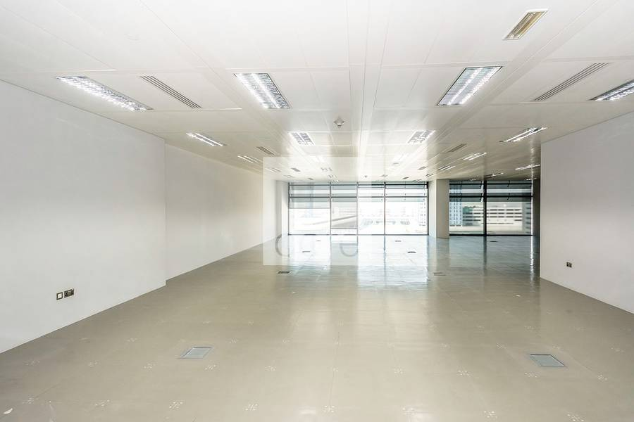 Full Floor| fitted office in Khaleej Al Arabi