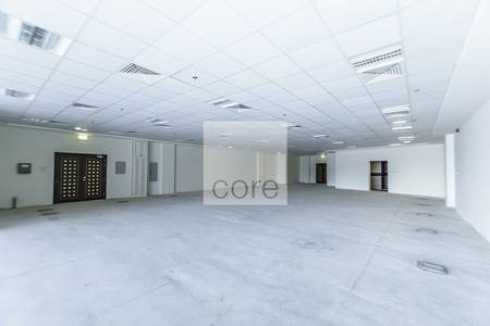 Office for Rent in Umm Al Sheif, Dubai - Competitive rent fitted office Indigo Sky