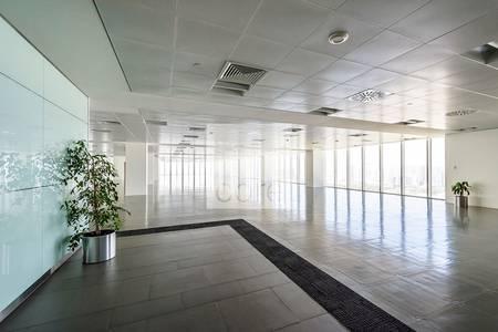 مکتب  للايجار في البطين، أبوظبي - Deluxe fitted office|Al Khaleej Al Arabi