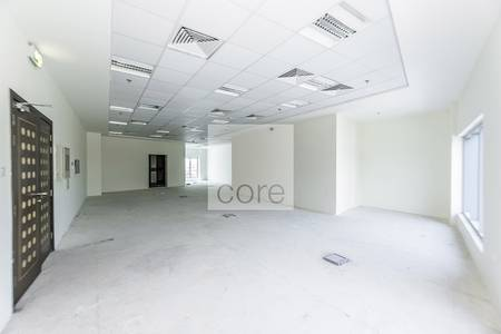 Office for Rent in Umm Suqeim, Dubai - Spacious fitted office for rent Indigo Sky