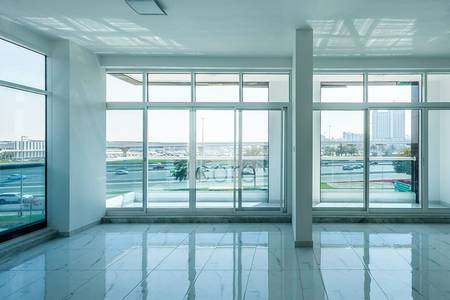 Office for Rent in Umm Suqeim, Dubai - Well Located fitted Office Available Now