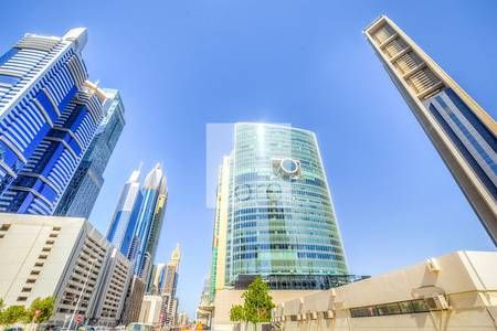 Office for Sale in DIFC, Dubai - Spacious shell and core office in EFT