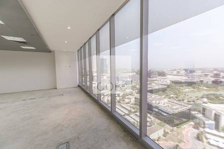 Floor for Rent in Dubai Media City, Dubai - Half floor fitted office in Arenco Tower