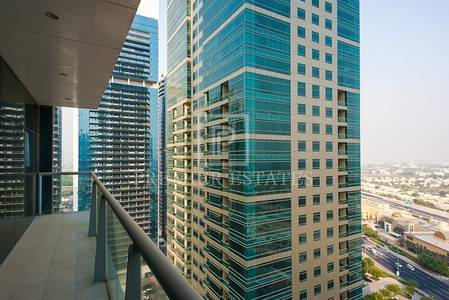 Office for Sale in Jumeirah Lake Towers (JLT), Dubai - Fully Furnished-Excellent Layout-Great views