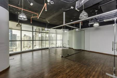 مکتب  للايجار في مدينة دبي للإعلام، دبي -  half office floor | Shatha Tower