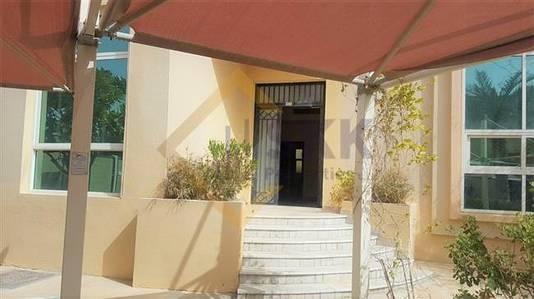5 Bedroom Villa for Rent in Khalifa City A, Abu Dhabi - 5BR Villa  w Balcony