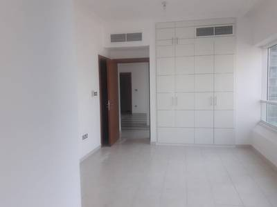 1 Bedroom with Maidsroom Parking & Gym