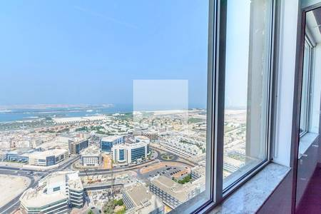 Floor for Rent in Dubai Media City, Dubai - On high full floor in Business Central B