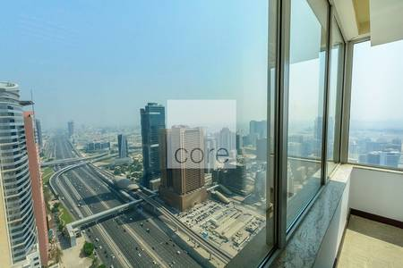 Office for Rent in Dubai Internet City, Dubai - Fitted full floor in Business Central B