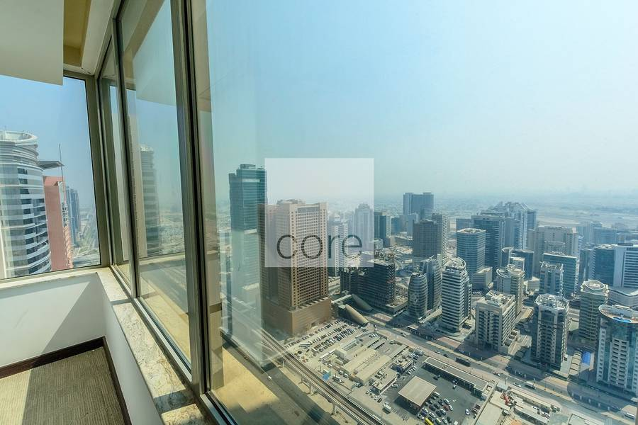 2 Fitted full floor in Business Central B