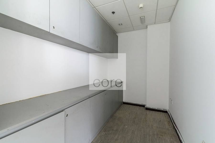 15 Fitted full floor in Business Central B
