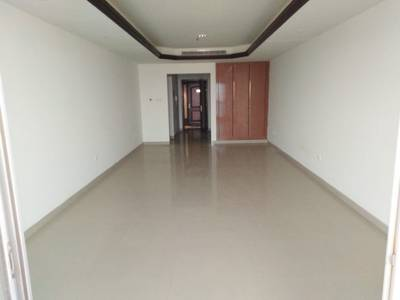 2 Bedroom Flat for Rent in Corniche Ajman, Ajman - Chiller Free City View 2BHK with Maids room in Cornish Tower Ajman