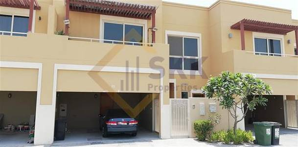 3 Bedroom Villa for Rent in Al Raha Gardens, Abu Dhabi - 3 BR Townhouse with Garden View For Rent