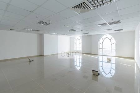 Office for Rent in Jumeirah Lake Towers (JLT), Dubai - Well-lit fitted office available in Dome