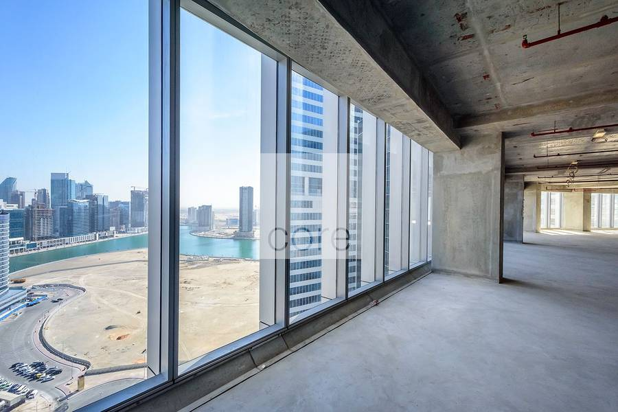 2 Full office floor with Burj Khalifa view