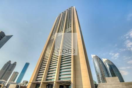 طابق تجاري  للايجار في مركز دبي المالي العالمي، دبي - Well located full floor office in Index
