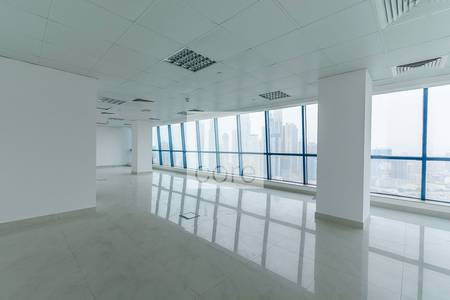 Office for Rent in Jumeirah Lake Towers (JLT), Dubai - Premium fitted office on high floor I X3