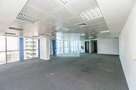 Office for Rent in Jumeirah Lake Towers (JLT), Dubai - Fully fitted and furnished in Indigo Icon
