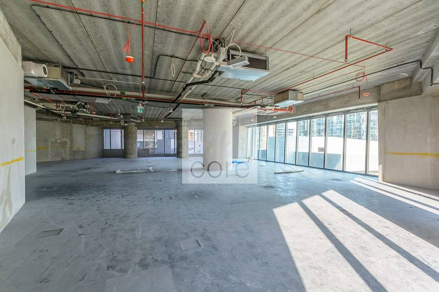 Shell and core office for rent in Almas