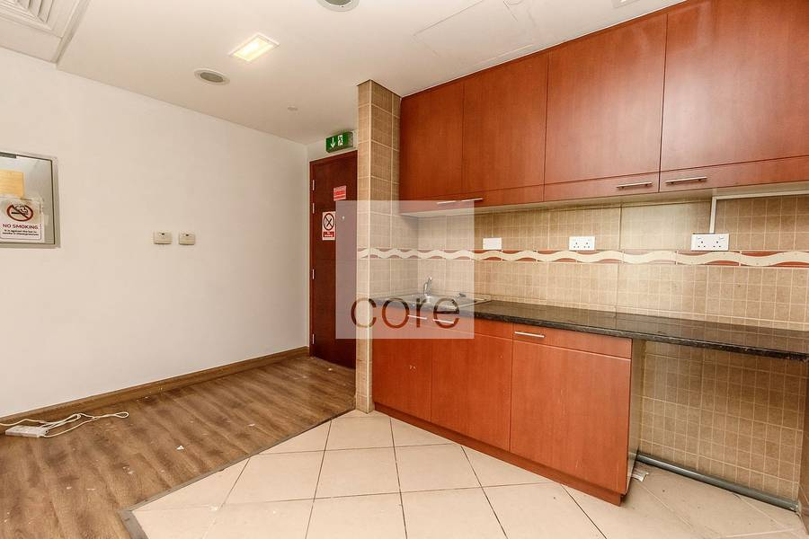 11 Fitted office available | Tiffany Tower