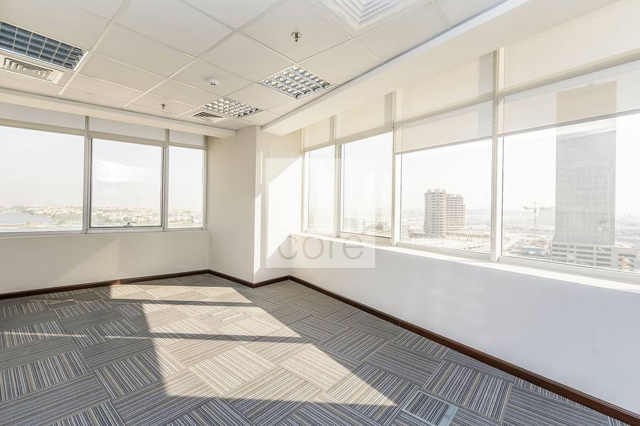 Fitted Office For Rent In Mazaya AA1