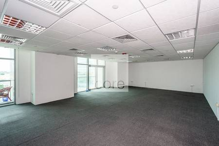 Office for Rent in Jumeirah Lake Towers (JLT), Dubai - Low Floor I Semi Fitted Office I Balcony