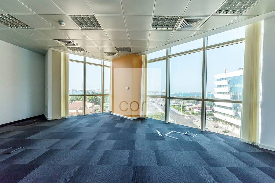 2 Huge high quality fitted office Corniche