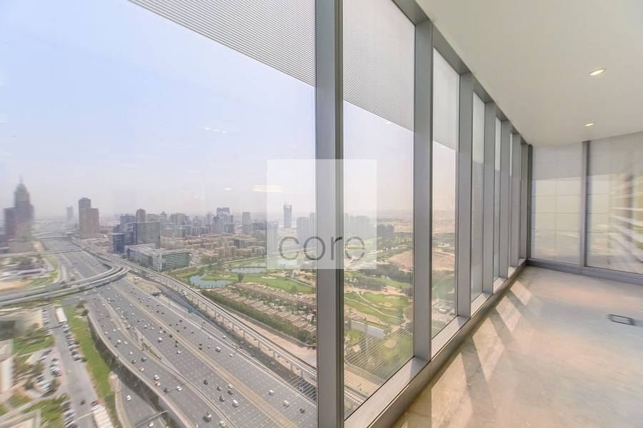 2 High floor fitted office in Arenco Tower