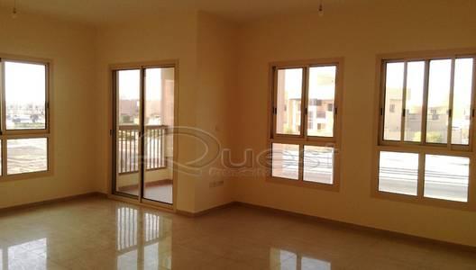 3 Bedroom Apartment for Rent in Baniyas, Abu Dhabi - Living