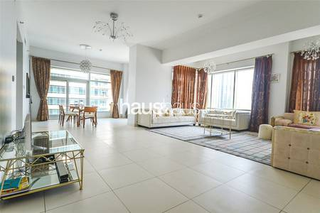 Top Floor Penthouse|Luxurious Living Apt