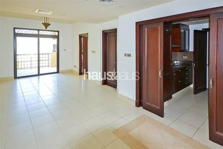 1 Bedroom Apartment for Rent in Old Town, Dubai - Unique Layout | Chiller Inc. | Available