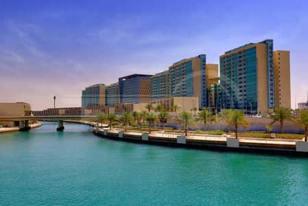 Impressive 2BR Apartment in Al Raha Beach