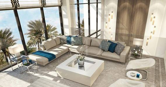 Ideal living infront of the sea and golf
