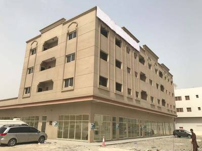 1 Bedroom Apartment for Rent in Industrial Area, Sharjah - BRAND NEW 1 B/R HALL FLAT WITH SPLIT DUCTED A/C IN INDUSTRIAL AREA-2