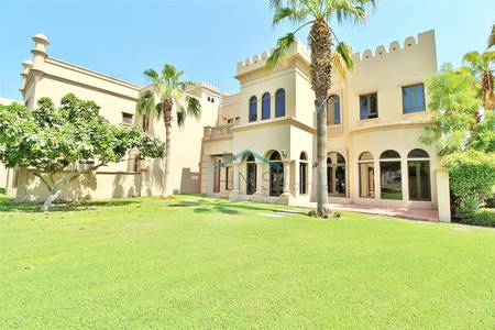 3 Bedroom Villa for Sale in Palm Jumeirah, Dubai - Vacant | Canal Cove | 3 Bed plus maids