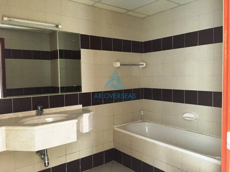 11 Partial Canal Facing 1 BHK Apart in Hub Canal 1