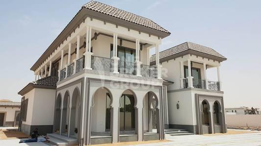 5 Bedroom Villa for Rent in Al Khawaneej, Dubai - Luxurious 5 BR Villa plus Maids / Garden