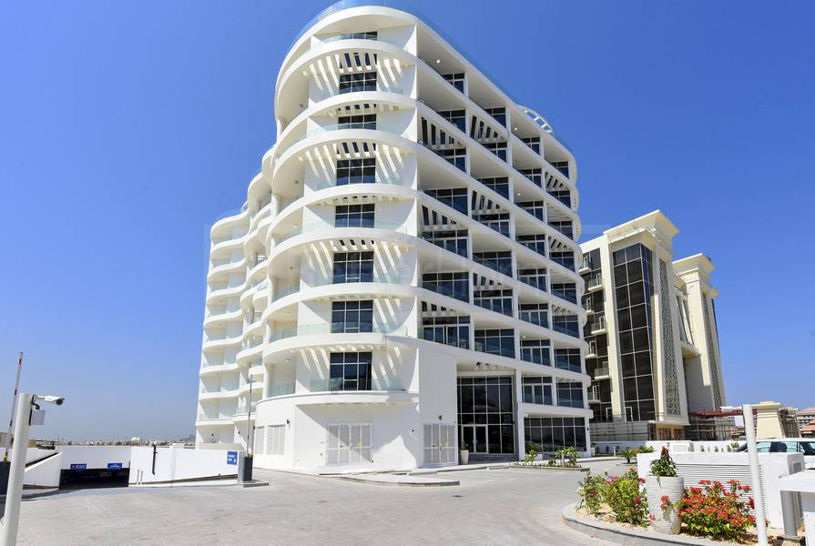 11 Outstanding sea view furnished at Royal Bay Palm