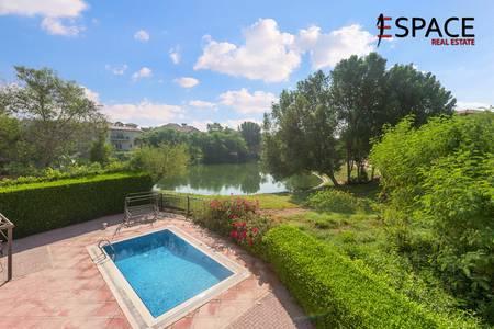 5 Bedroom Villa for Sale in Jumeirah Islands, Dubai - Lake Facing | Five Bedroom | 6