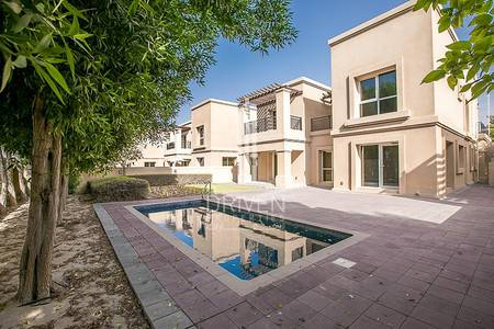 4 Bedroom Villa for Rent in Emirates Golf Club, Dubai - Cosy 4 Bedroom Villa | 2 Month Free Stay