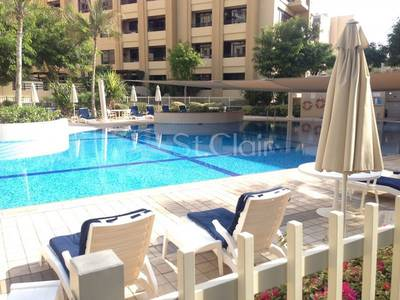 2 Bedroom Apartment for Rent in The Greens, Dubai - Well Maintained 2BR+Study Room| Pool View